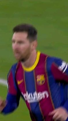 Messi Football Video, Ronaldo Football, Football Gif, Football Videos, Football Players, Neymar Videos, Ronaldo Videos, Messi Gif, Messi And Neymar