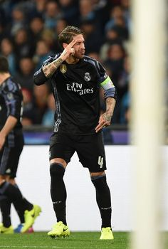 Sergio Ramos of Real Madrid celebrates after scoring goal 1-1 during the UEFA Champions League Round of 16 second leg match between SSC Napoli and Real Madrid CF at Stadio San Paolo on March 7, 2017 in Naples, Italy.