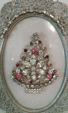 Cute little jewelry Tree