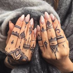 Mehndi Finger Tattoos by Veronica Krasovska. I would totally draw this on my hands
