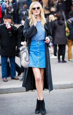 Precisando de inspiração para o final de semana e para looks mais despojados e modernos? Invista na Saia Jeans! Em alta, principalmente o modelo com botões na parte da frente, a saia jeans deixa qualquer look mais feminino e cheio de estilo! Inspire-se com looks lindos e tire sua saia jeans do guarda-roupa! INSPIRE-SE: Diletta …