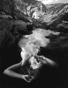 Jerry Uelsmann, darkroom genius