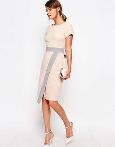 Closet London | Платье миди 2 в 1 с запахом на юбке и контрастной отделкой…