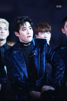 Suho - 161119 2016 MelOn Music Awards Credit: Cotton Diary. (2016 멜론 뮤직 어워드)