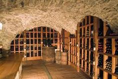 Bildergebnis für arredamento per cantine di vino