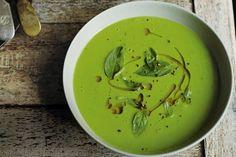 Een heerlijke soep voor iedereen met veel trek, maar weinig tijd - Recept - Allerhande