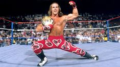 When it comes to the WWE, there may not be a wrestler that has left a legacy quite like Michael Shawn Hickenbottom, better known as Shawn Michaels, aka the Heartbreak Kid. Michaels had an incredibly s Best Wwe Wrestlers, Famous Wrestlers, Wrestling Superstars, Wwe Superestrellas, Dx Wwe, Wwe Lucha, Wwe Shawn Michaels, Attitude Era, The Heartbreak Kid