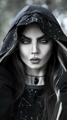 Gothic Girls, Gothic Lolita, Goth Beauty, Dark Beauty, All Fashion, Gothic Fashion, Steampunk Fashion, Lolita Fashion, Dark Queen