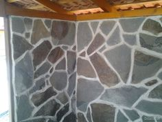 Prirodny obkladovy a dlazobny kamen andezit v 3 farbach podla vyberu cena od 5,5 e za m2 volat nonstop