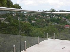 glass deck balustrad