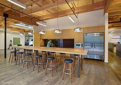 Open Office Space by Studio VARA 11