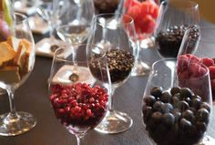You discovered a perfect glass of wine, but how do you identify the aromas? Come experience the Aroma Discovery Seminar at The Winemakers Studio by Wente Vineyards. Learn how to pick out specific aromas in wine, and be able to describe them with ease in this seminar. Get 20% off from The Cellar by @snoothmedia now!