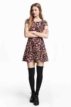 Štruktúrované šaty   H&M