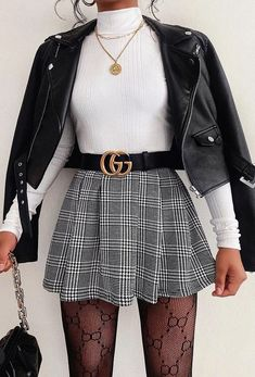Cute Skirt Outfits, Cute Casual Outfits, Pretty Outfits, Stylish Outfits, Mini Skirt Outfit Winter, Girly Outfits, Outfit With Skirt, Houndstooth Skirt Outfit, School Skirt Outfits