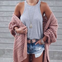 Blogger Sarah Lindner of The House of sequins wearing free people sunday morning cardigan and free people One Adella Bralette