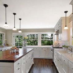 Kitchen - The giant sink and the wooden counters are ideal.