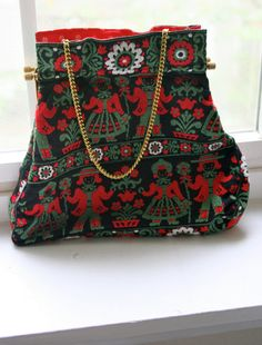 love this black forest purse.