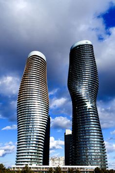 """Marilyn Towers"" Mississauga, Ontario by Boiling Point Photography, via Flickr"