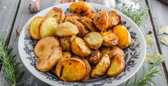 Enjoy our collection of online recipes from kitchens like yours. Browse breakfast recipes, lunch recipes, dinner recipes, dessert recipes and more. Butter Potatoes, Sliced Potatoes, Cooking Tips, Cooking Recipes, Grill Basket, Burger And Fries, Glass Dishes, Side Dishes Easy, Garlic Butter