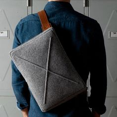 Wool Flat Pack From Hard Graft / This classy flat pack with a fine layer of wool on the outside and high-quality Italian leather inside is perfect for toting around your iPad or MacBook. http://thegadgetflow.com/portfolio/wool-flat-pack-hard-graft/