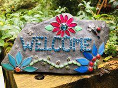 Mosaic Garden Art, Mosaic Tile Art, Mosaic Diy, Mosaic Crafts, Mosaic Flower Pots, Mosaic Rocks, Stone Mosaic, Mosaic Glass, Stained Glass