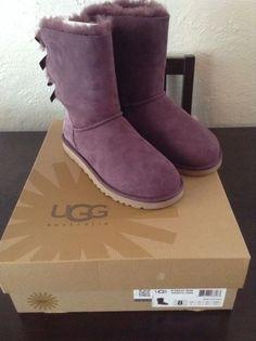 Ugg Australia womens bailey bow boot size 8 dark purple