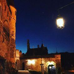Der Hexenturm auf der Reichsburg Cochem bei Nacht #reichsburg #cochem #cochemcastle #ferienlandcochem #burg #kesslermeyer