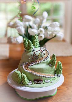 Mountain of Cake #bikefood #bikecake