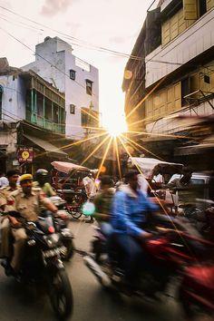Evening rush at Chandni Chowk market, Old Delhi, India