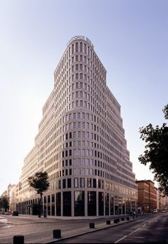The Architecture of the Hotel Concorde Berlin — abc Architecture Bauhaus, Le Corbusier Architecture, Hotel Design Architecture, Architecture Visualization, Commercial Architecture, Amazing Architecture, Contemporary Architecture, Architecture Details, Building Architecture