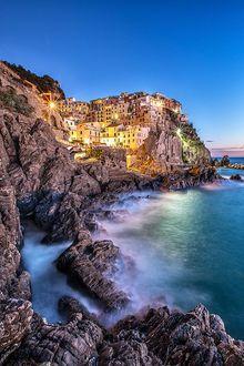 Manarola Cinque Terre, Italy; photo by Roberto Sysa Moiola