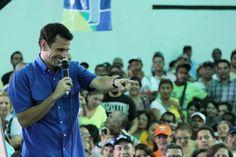 Henrique Capriles Radonski. Envía tus comentarios a: empleo@henriquecaprilesradonski.com