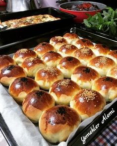 Image may contain: 1 person, food Sweets Recipes, Bread Recipes, Dinner Rolls Easy, Pastry And Bakery, Comfort Food, Iftar, Turkish Recipes, Food For A Crowd, Hot Dog Buns
