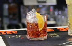 A Negroni contains equal parts gin, Campari and sweet vermouth. Garnished with an orange peel and stirred, not shaken (obviously).⁠ 🇮🇹 ⁠Even those who claim to not like gin will be enticed by this Italian specialty. Classic Whisky Cocktails, Top 10 Cocktails, Summer Cocktails, Cognac Cocktails, Italian Cocktails, Negroni Cocktail, Cocktail Syrups, Triple Sec, Sour Mix