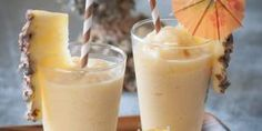 Piña colada sem álcool - Fácil Pina Colada Sem Alcool, Pineapple Whip, Pineapple Coconut, Coconut Rum, Real Simple Recipes, Dole Whip Recipe, A Food, Food And Drink, Recipes