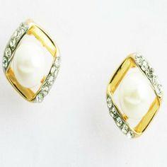 Square Pearl Earings- Earf91209
