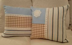 A matching pair of cushions.