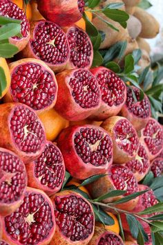 If you have a soft spot for tropical and subtropical fruits, Burma is the place to be because here t Fresh Fruits And Vegetables, Fruit And Veg, Fruit Photography, Grenade, Beautiful Fruits, Weird Food, Fruit Drinks, Tropical Fruits, Delicious Fruit