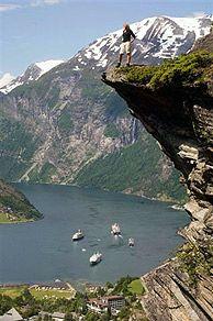 Uitzicht over de Geirangerfjord van Flydalsjuvet, Noorwegen - Foto: Terje Rakke/Nordic Life