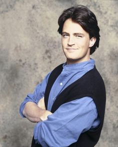 """Friends was one of the most popular TV series in the nineties and early noughties. But what are """"Rachel"""", """"Monica"""", """"Phoebe"""", """"Ross"""", """"Joey"""" and """"Chandler"""" up to nowadays? Friends Tv Show, Friends Cast Now, Friends Episodes, Friends Moments, Chandler Bing, Monica And Chandler, Matthew Perry, Crush Crush, Home Tv"""