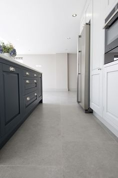 experts in import & retail of natural stone flooring. Browse our range of limestone tiles, porcelain and marble. Concrete Kitchen Floor, Grey Kitchen Floor, Bathroom Floor Tiles, Kitchen Flooring, Grey Floor Tiles, Stone Tile Flooring, Grey Flooring, Stone Tiles, Floors