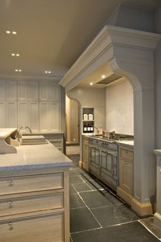 Drawer style in island. Themenos kitchen why yes, this is perfect for FLF, love the Kitchen Interior, New Kitchen, Kitchen Decor, Grand Kitchen, Warm Kitchen, Stone Kitchen, Kitchen Ideas, Design Hall, Layout Design