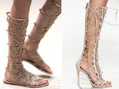 Dea greca o sexy guerriera? Arrivano al ginocchio i gladiators Alberta Ferretti, flat, e gli Elisabetta Franchi tacco 10.