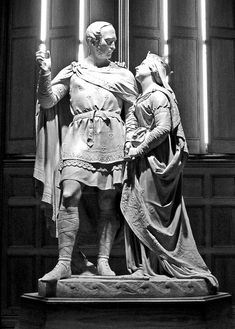 A statue of Victoria and Albert, now on display in The National Portrait Gallery, London. Victoria and Albert loved the medieval period! Queen Victoria Family, Queen Victoria Prince Albert, Victoria And Albert, Asian History, Women In History, British History, Kensington, Historical Women, Historical Photos