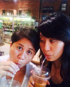 Juice time with sis @teclingtse