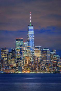 World Trade Center Nyc, Trade Centre, New York Wallpaper, City Wallpaper, Cityscape Wallpaper, Night Scenery, Dubai Skyscraper, Dream City, Amazing Architecture