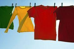Tintura de roupas: renove o guarda-roupa gastando muito pouco
