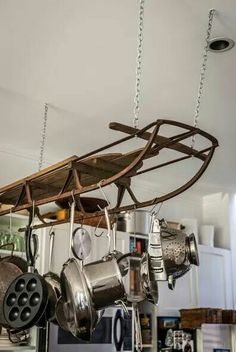 Tour: Michael Chernow I have the sled and I'm so going to do this! Antique Sled as a Pot Rack -- Kitchen Tour Michael Chernow - I have the sled and I'm so going to do this! Antique Sled as a Pot Rack -- Kitchen Tour Michael Chernow - Hanging Pots, Diy Hanging, Hanging Pot Racks, Kitchen Decor, Kitchen Design, Vintage Sled, Sweet Home, Vintage Kitchen, Home Kitchens