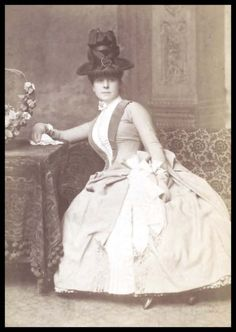 Guy Little Theatrical Photograph (Photograph) by Bassano, Alexander, (photographed). Photograph of Nellie Farren, Guy Little Collection. Victorian Hats, Victorian Steampunk, Victorian Women, Victorian Dresses, 1880s Fashion, Victorian Fashion, Vintage Fashion, Gothic Fashion, Women's Fashion