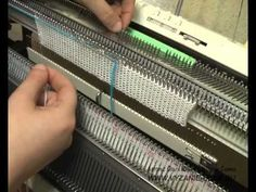 Машинное вязание. Вязание жаккардового мотива.